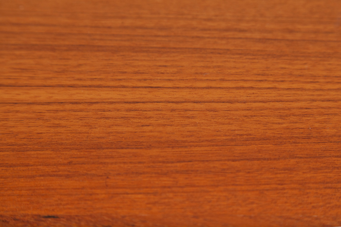 MidCentury Teak Tische Holzmaserung