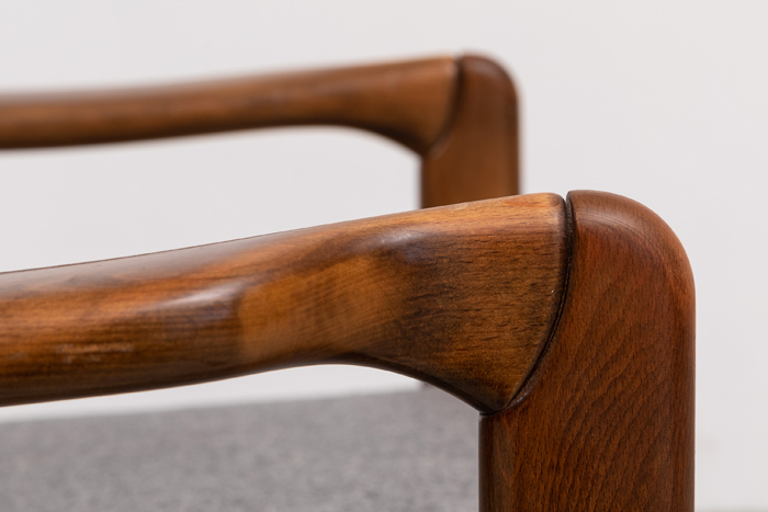 massives Holz 60er Möbel