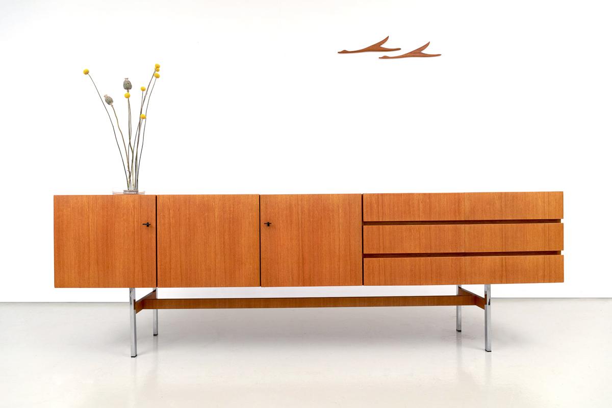 Sideboard Designklassiker Mustering International