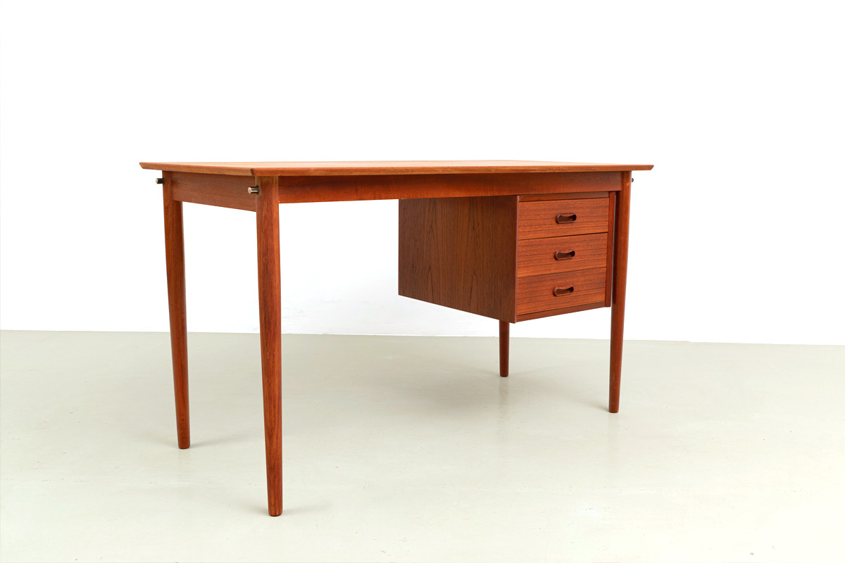 Arne Vodder Desk Teak