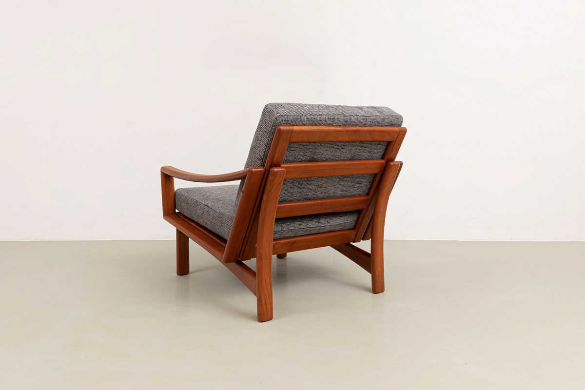 Grete Jalk armchair Teakholz