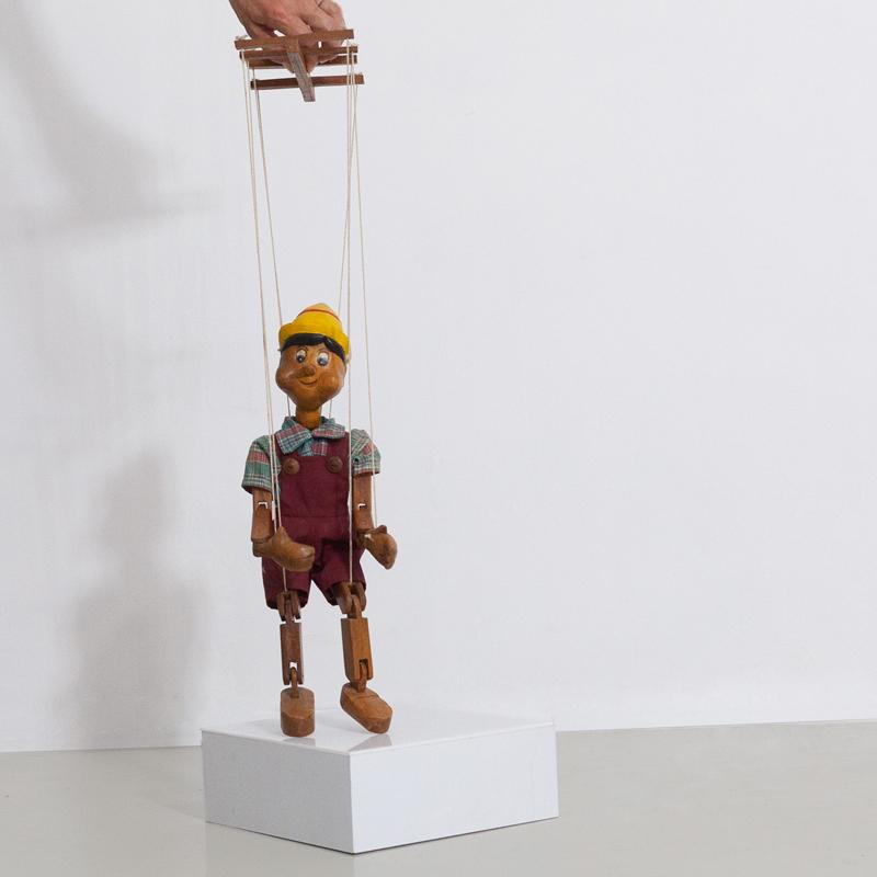 Handgeschnitzter Pinocchio