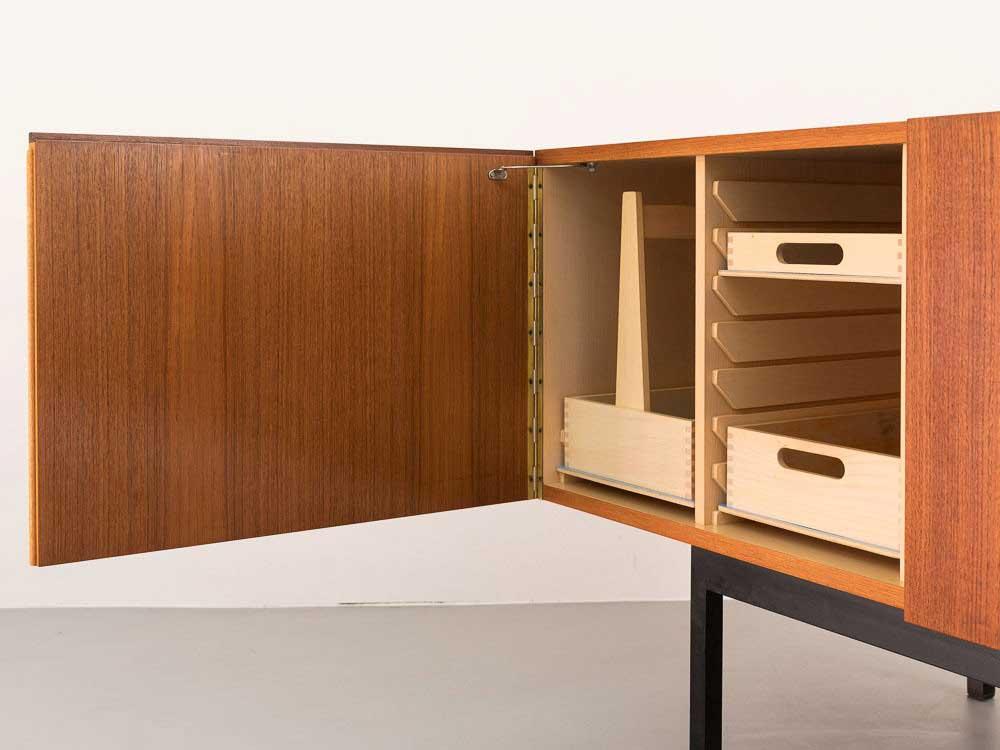 50er Jahre Dieter Waeckerlin Teak Sideboard B40 für Behr