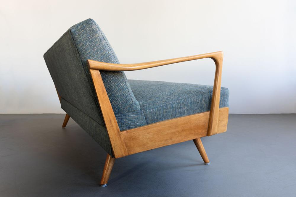 daybed holzarmlehnen sofa 60s