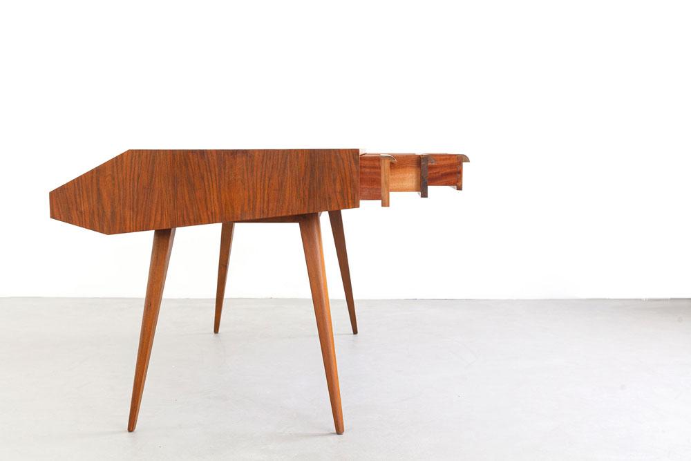 Desk mit Buchablage, Nussbaum, 50er Jahre, designklassiker