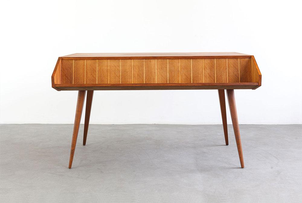 Mid-century furniture, Schreibtisch, designklassiker