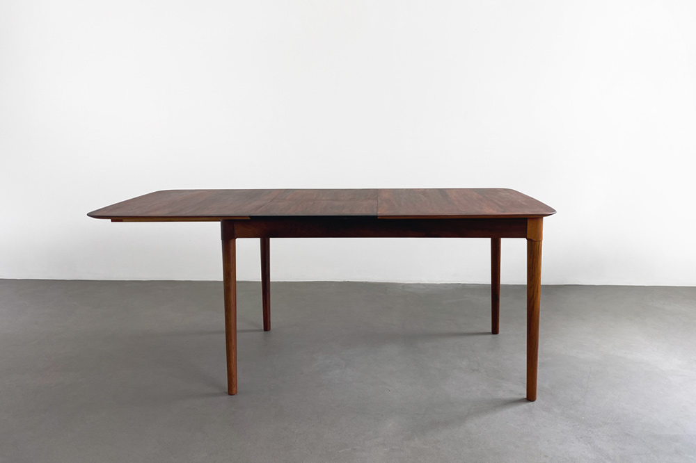 jalk Dining Table MidCentury