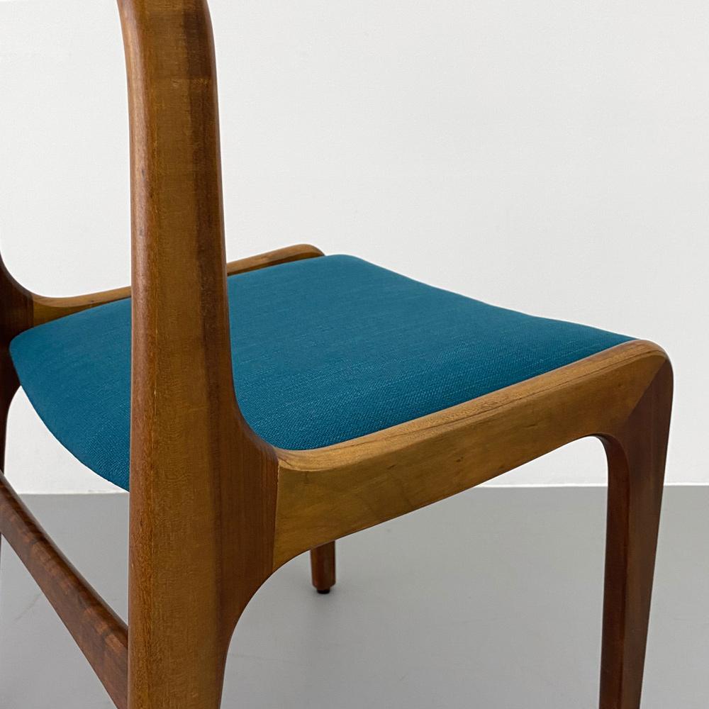 Rückansicht 60er Jahre Teak Stühle