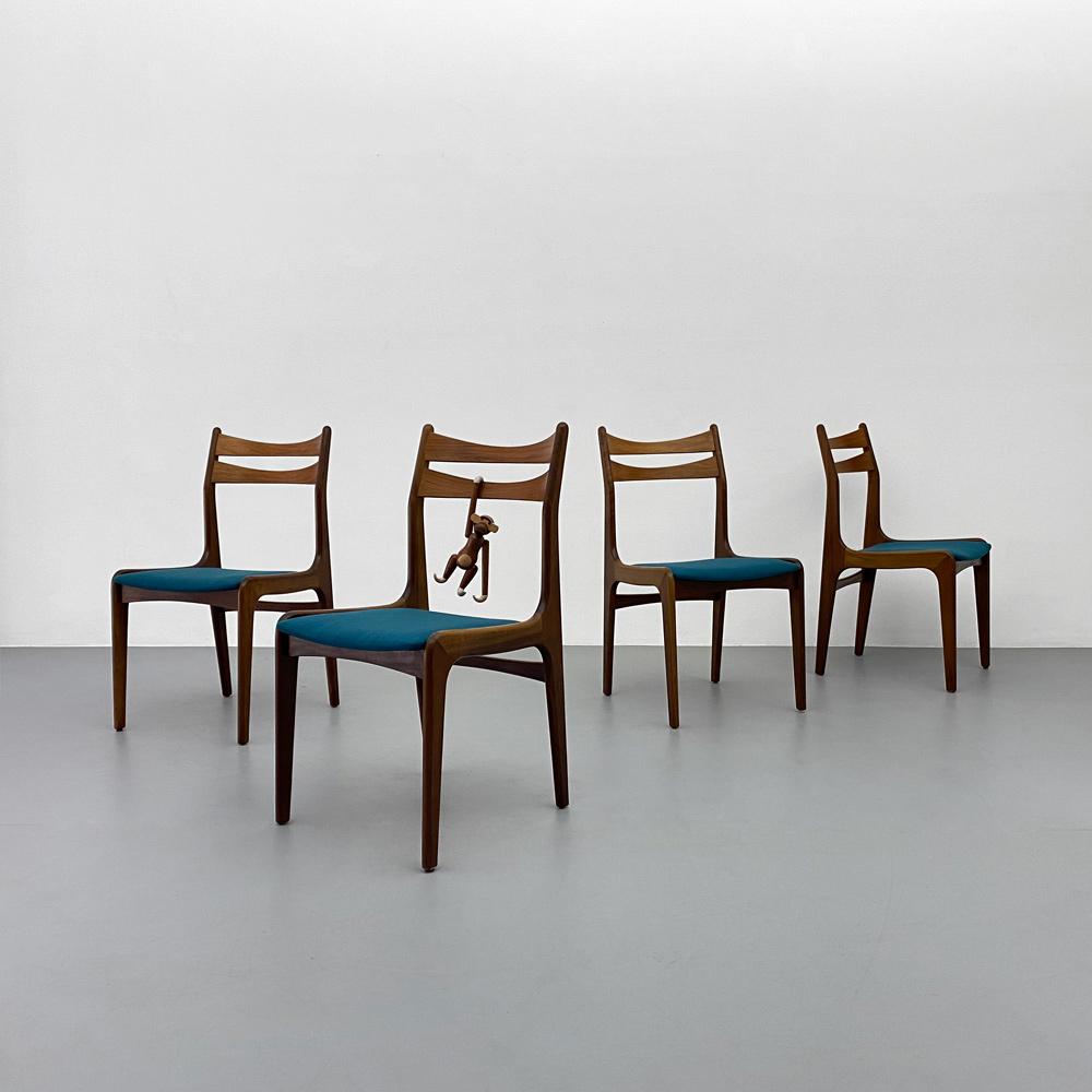 4 Stück 60er Jahre Teak Stühle
