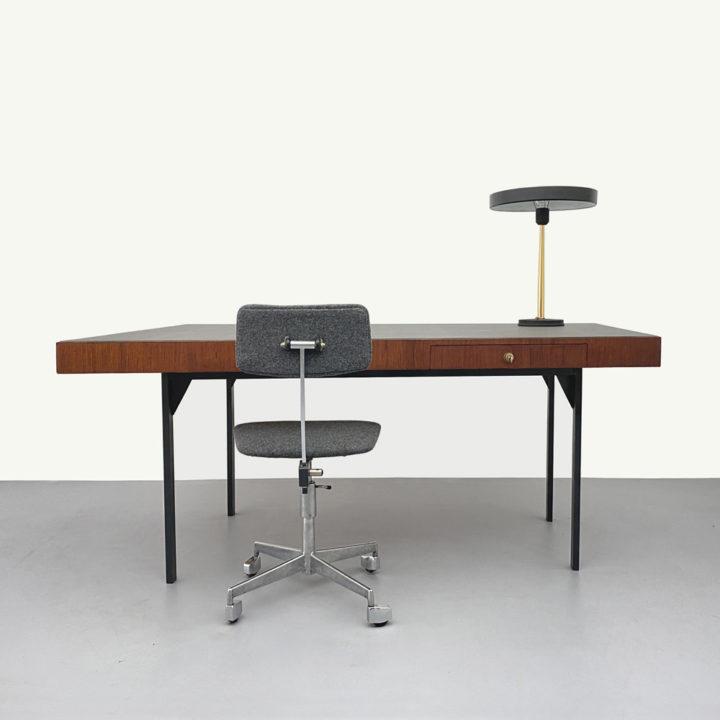 60er Jahre Trapez Teak Schreibtisch
