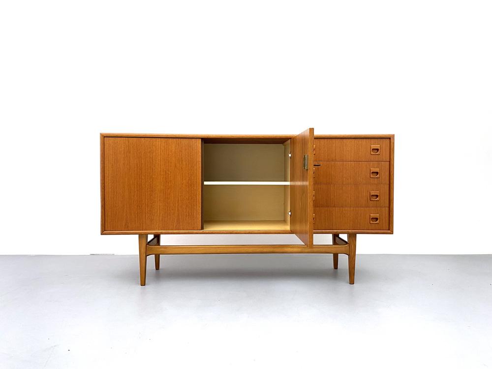 Teak Sideboard, Mid-century modern