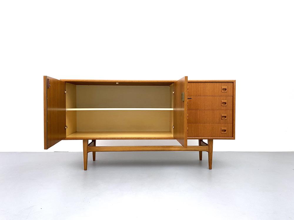 Vintage Sideboard, Teak und Buche Vollholz