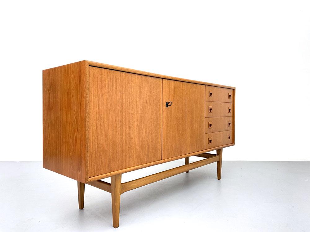 Sideboard, 60er Jahre, Teakholz