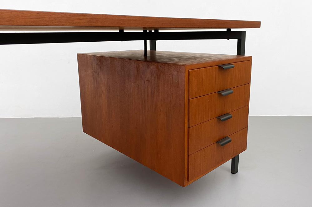 Holzäpfel Hirche Teak Schreibtisch